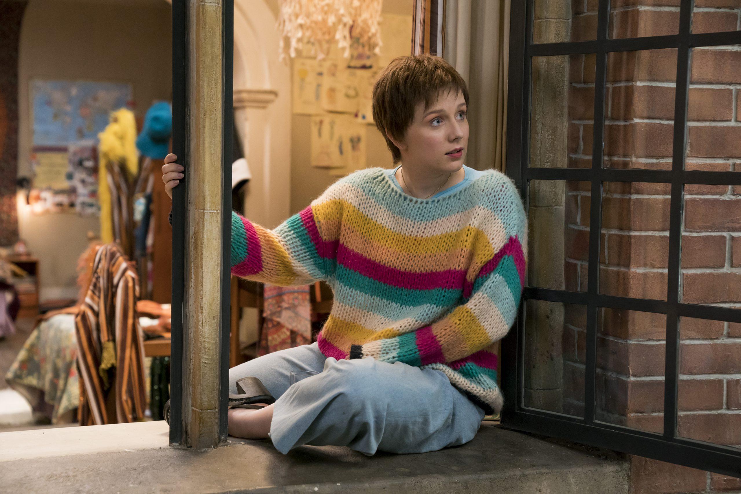 Alexa Davies stars in MAMMA MIA! HERE WE GO AGAIN. ©Universal Studios. CR: Jonathan Prime.